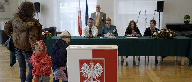 Głosowanie potrwa do godz. 21:00  (fot. PAP/Darek Delmanowicz)