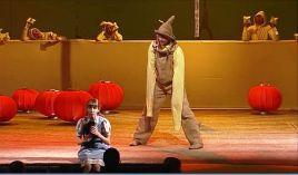 """""""Czarnoksiężnik z krainy Oz"""" cieszy się w Teatrze im. J. Słowackiego wielkim powodzeniem wśród widzów"""