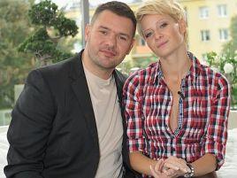 Tomasz Karolak i Małgorzata Kożuchowska, czyli serialowi rodzice (fot. TVP)