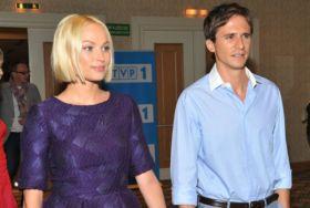 Weronika Książkiewicz i Sambor Czarnota to serialowe małżeństwo (fot. I. Sobieszczuk/TVP) (c)