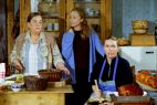Na plebanii rządziły jednak kobiety: babcia Józia, jej córka Halina oraz siostra księdza (fot. TVP)