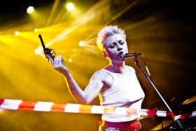 """Maria Peszek jest laureatką """"Paszportu"""" z 2008 roku. Jej drugi album """"Maria Awaria"""" powtórzył sukces debiutanckiej płyty (PAP) (c)"""