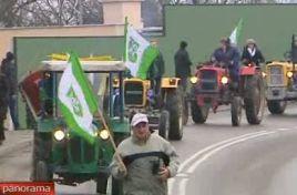Parada traktorzystek otworzyła Skansen Żuławski Maszyn Rolniczych