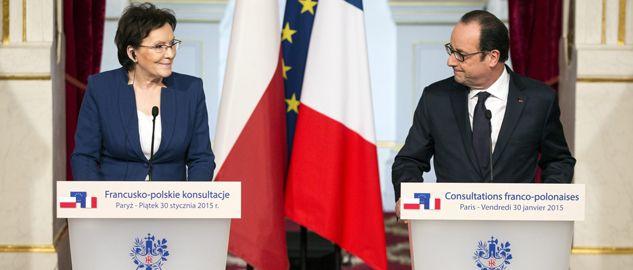 Premier Ewa Kopacz i prezydent Francji Francois Hollande po polsko-francuskich konsultacjach w Paryżu (fot. PAP/EPA/ETIENNE LAURENT)