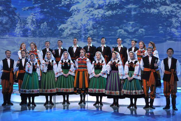 Zespół Mazowsze w komplecie (fot. I. Sobieszczuk/TVP)