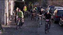 Nauczyciele dojadą do szkół rowerami - promują zdrowy,  ekologiczny styl życia