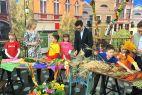 Wspólnie  z dziećmi przygotowała gałązki wierzbowe na niedzielną Mszę Świętą (fot. Jan Bogacz)