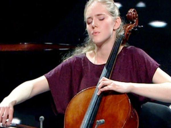 Krystyna Wiśniewska  - wiolonczela
