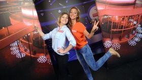 Jako pierwsze do gry stają przyjaciółki - Monika i Justyna (c)