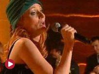 Festiwale - Justyna Szafran: Panna Mania {piosenka} (Kabaretowa Noc Listopadowa 2010) [TVP]