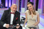 Towarzyszyła mu piękna i elegancka jak zwykle Agnieszka Szulim-Badziak / fot. Jan Bogacz TVP