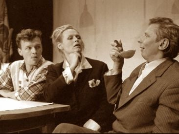 Od lewej: Jan Frycz, Iwona Bielska i Mikołaj Grabowski (fot. OMI-TVP)