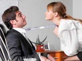 Biznesmeni i bizneswomen z równą intensywnością korzystają z życia (fot. shutterstock.com)