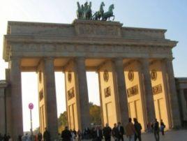 Szacuje się, że do pracy w Niemczech może wyjechać 300-400 tysięcy Polaków/fot.sxc.hu