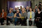 Na jubileuszu pojawili się jej wieloletni serialowi przyjaciele... (fot. I. Sobieszczuk/ TVP)