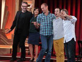 Aktorzy i komicy odgrywają improwizowane scenki, które nie raz zaskocza nawet ich samych (fot. J. Bogacz/TVP)