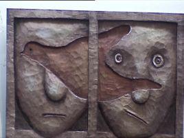 Co roku swoje rzeźby wystawiają tutaj artyści amatorzy z całego Podkarpacia.