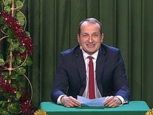 KMN - Robert Górski - Orędzie Premiera (Dzięki Bogu już święta) [TVP]