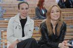 Sonia Bohosiewicz i Anna Czartoryska w oczekiwaniu na swoją kolej na scenie (fot. I.Sobieszczuk/TVP)