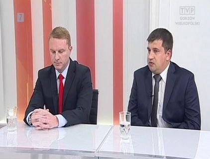 Karty na stół: Marchewka kontra Galasiak [video]