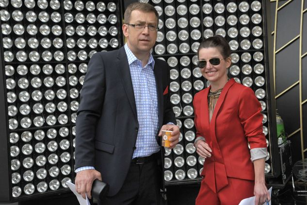 """Maciej Orłoś i Beata Chmielowska-Olech z """"Teleexpressu"""" (fot. Ireneusz Sobieszczuk/TVP)"""