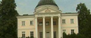 Pałac w Lubostroniu (c)