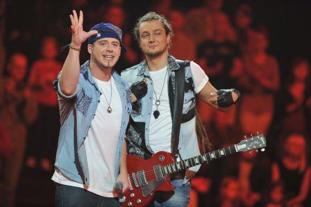 Baron i Thomson doskonale bawią się w programie... (fot. I. Sobieszczuk/TVP)