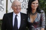 Rupert Murdoch z żoną Wendi (fot. EPA/PAP)